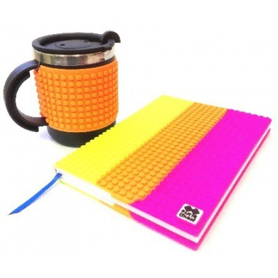 Creative SET pixelated diary with multicoloured cover + pixelated thermocup neon orange