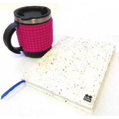 Creative SET pixelated diary with white stars cover + pixelated thermocup fuchsia