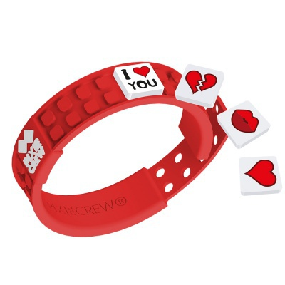 Creative pixelated bracelet red - love
